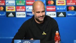 Guardiola, durante su rueda prensa