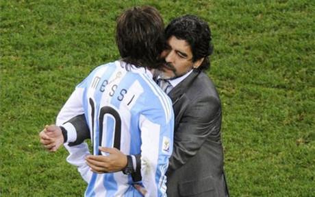Maradona entren� a Messi en la selecci�n argentina