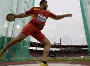 El estadio despidi� con aplausos a una leyenda del atletismo espa�ol