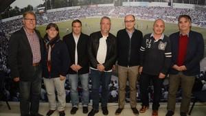 Antoni Reguant, con los otros representates de los clubs de Sabadell