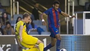 Mboula marcó un golazo ante el Borussia Dortmund