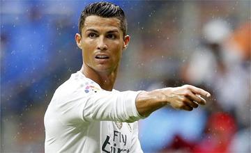 Cristiano sue�a con igualar a Messi