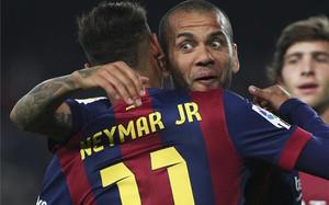 Alves no renuncia a seguir vistiendo de azulgrana