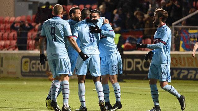 Video resumen Huesca - Levante (0-2). Jornada 21 Liga 1 2 3
