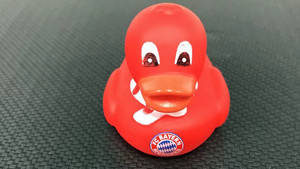 ¿Cristiano al Bayern? Así se ha tomado el rumor la cuenta de Twitter el equipo alemán: publicando un patito rojo