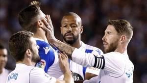 Sergio Ramos no acabó el partido de Riazor