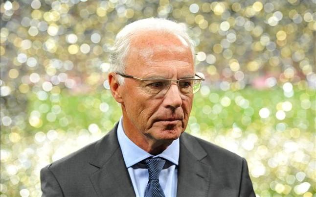 El Comit� de �tica de la FIFA advierte y multa a Beckenbauer