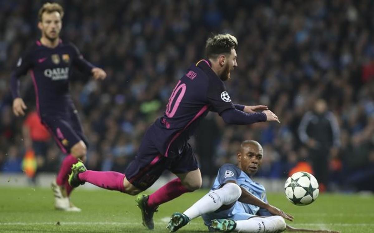 El City remonta a un Barça desconectado