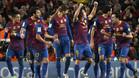 Los jugadores festejan con la afici�n tras su clasificaci�n para la semifinales