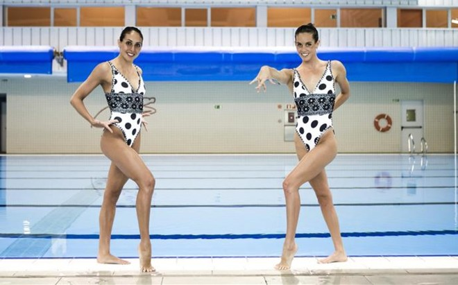 Marga Cresp� con Ona Carbonell antes del Mundial de Barcelona 2013