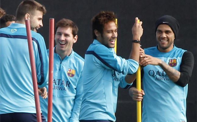 sport ������ : ������ ������� ������ ������� ����� ���� ��������� !!!! pique-neymar-trabaja