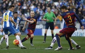 Piqué admitió que al Barcelona le faltó fluidez