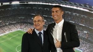 Florentino Pérez y Cristiano Ronaldo, el día de su renovación