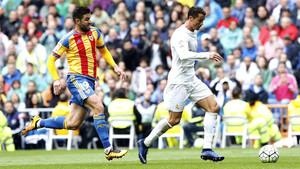 Cristiano frente al Valencia, en el partido de la primera vuelta disputado en el Bernabéu