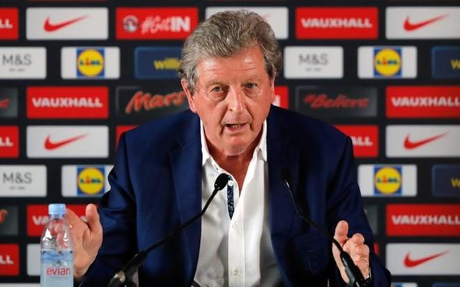 Hodgson, durante la comparecencia de prensa que no entendi�