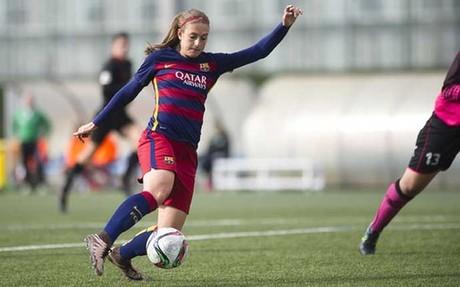 Alexia, una de las goleadoras del Bar�a frente al Granadilla Tenerife, en una acci�n del partido