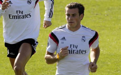 Bale ya realiza ejercicios en el campo pero todav�a no est� recuperado
