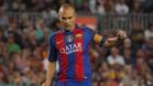 Iniesta, como espejo y apoyo para Messi