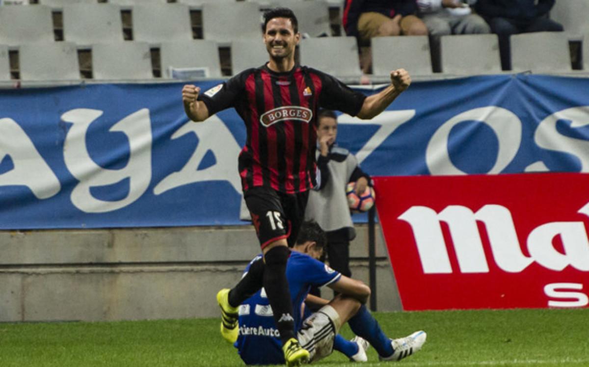 El recién ascendido Reus se coloca tercero tras ganar en Oviedo