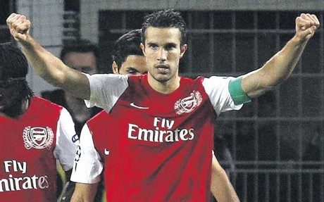 El Arsenal quiere reconstruir su plantilla alrededor de Van Persie, pero l no lo tiene tan claro