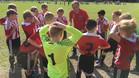 Sergi Angulo da instrucciones a sus chicos del Nacka FC
