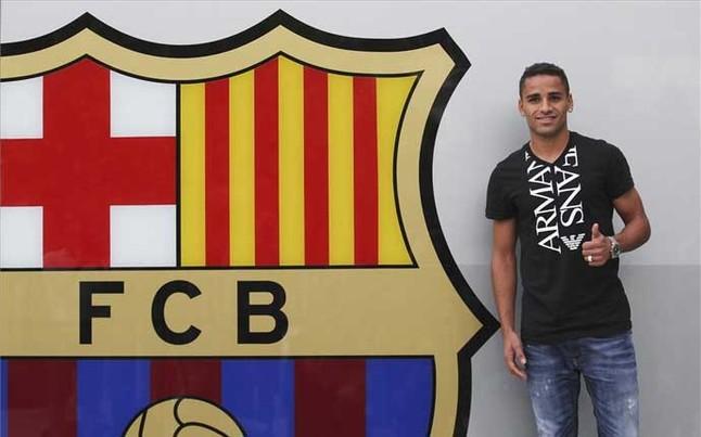 Douglas jugar en el bar a es lo m ximo for Oficinas fc barcelona