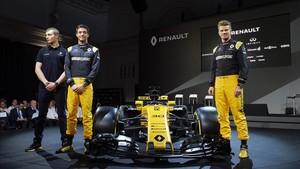 Los pilotos titulares Hulkenberg y Palmer y el reserva Sirotkin