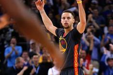 Curry volvi� a ser el l�der de los Warriors