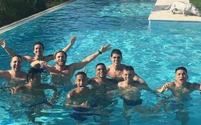 Así son las vacaciones de Neymar en Ibiza