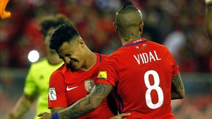 Alexis brilla con la selección de Chile junto a Arturo Vidal