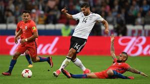 Can, ante la presión de Alexis y Vidal