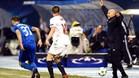 Jorge Sampaoli dirigi� con intensidad a sus pupilos en el campo del Dinamo Zagreb