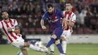 El Barça sigue imparable incluso con uno menos