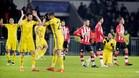 Los futbolistas del Rostov celebran su clasificación para la Europa League ante la decepción de los jugadores del PSV