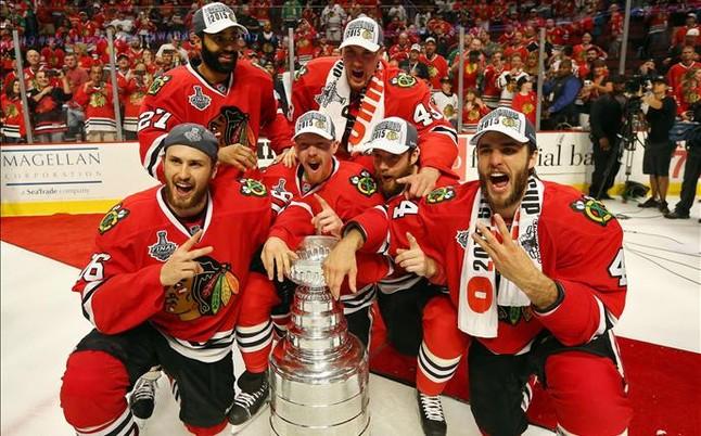 Los Chicago Blackhawks, campeones de la NHL tras superar a Tampa Bay