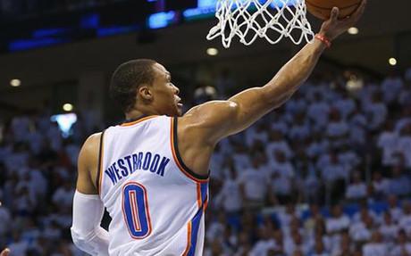 Westbrook sigue imparable en los Thunder