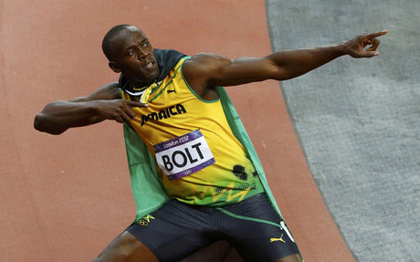 Bolt celebr� as� su medalla de oro