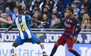 Neymar recibió los insultos de la afición españolista