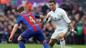 Cristiano intenta superar a Rakitic