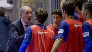 El Barça Lassa logró en Santa Coloma su sexta victoria seguida en la Liga