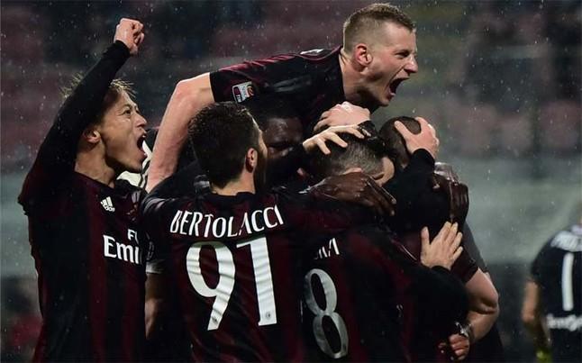 El Milan gana al Torino y se acerca a la zona europea de la tabla