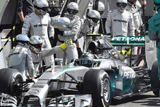 A la c�pula de Mercedes no le gust� lo ocurrido en Spa