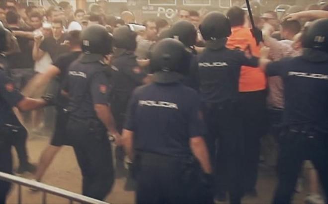 Los incidentes entre la polic�a y seguidores del Lyon han acabado con cuatro hinchas multados