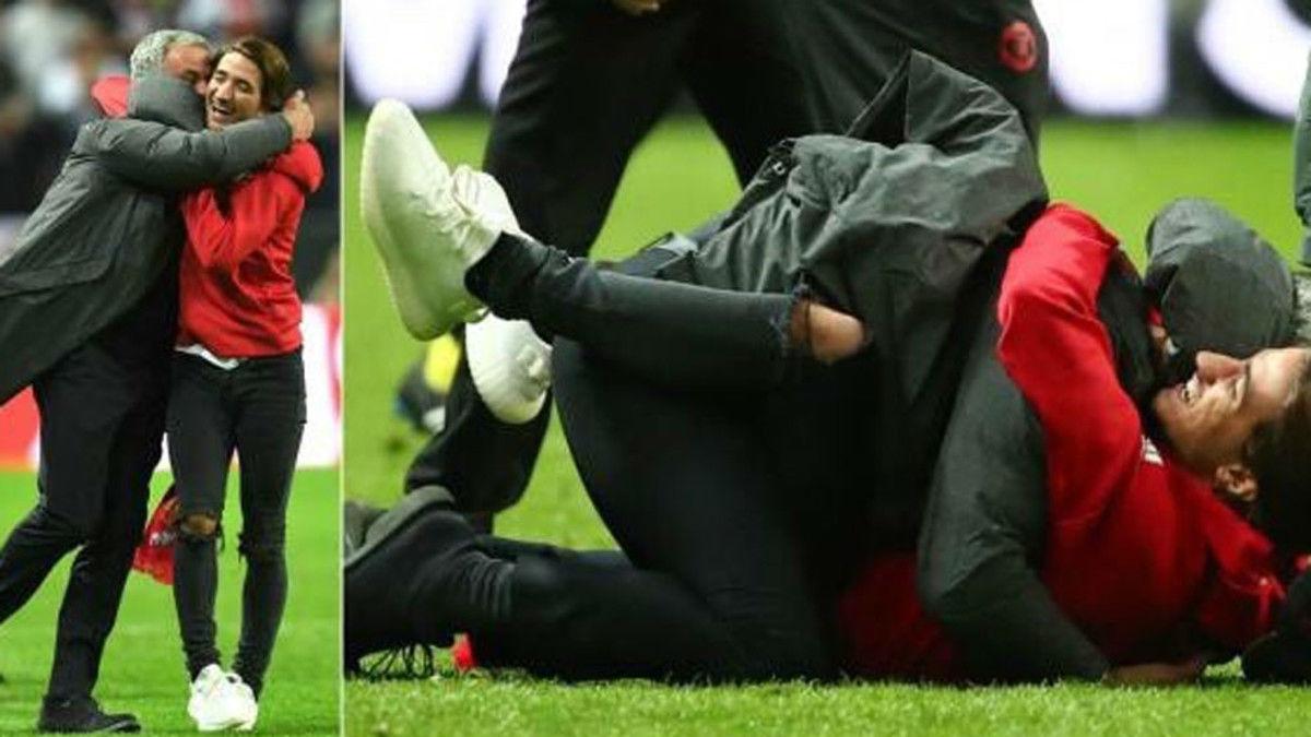 Mourinho celebró el trofeo con su hijo