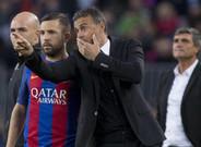 Jordi Alba y Luis Enrique Martínez durante el Barça-Málaga de la Liga 2016/17