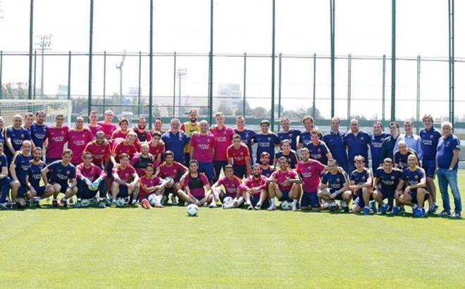 La plantilla se hizo esta foto en el �ltimo entrenamiento. �Por qu� Mascherano est� en el centro?