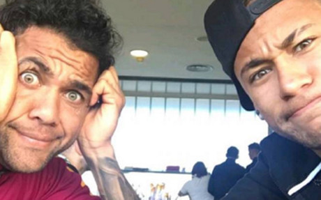 Alves y Neymar han dejado un mensaje en Instagram