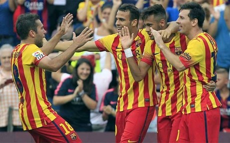 Neymar celebra con Alba, Munir y Messi su primer gol ante el Athletic Club
