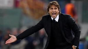 Conte acabó desquiciado en Roma por la triste imagen que ofreció su equipo