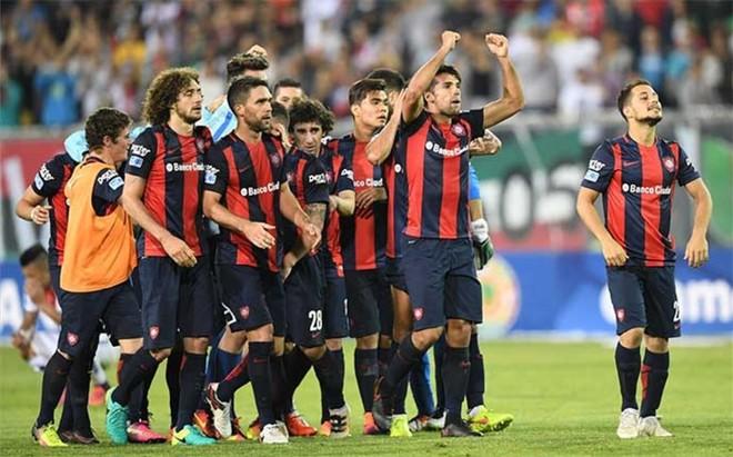 Los jugadores de San Lorenzo celebran su pase a semifinales